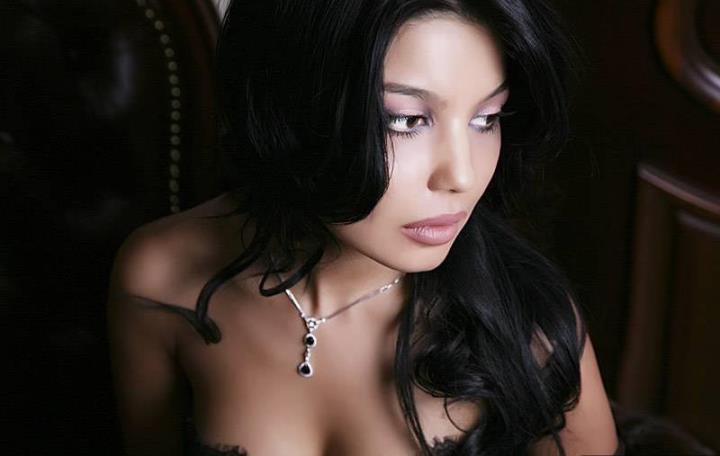 сексуальная певица Шахзода