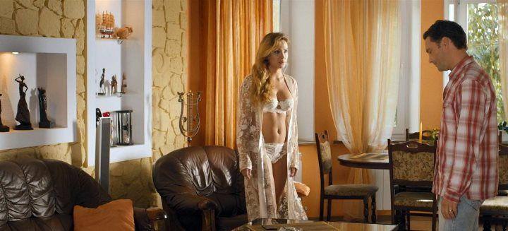 Анна Горшкова в кружевном белье