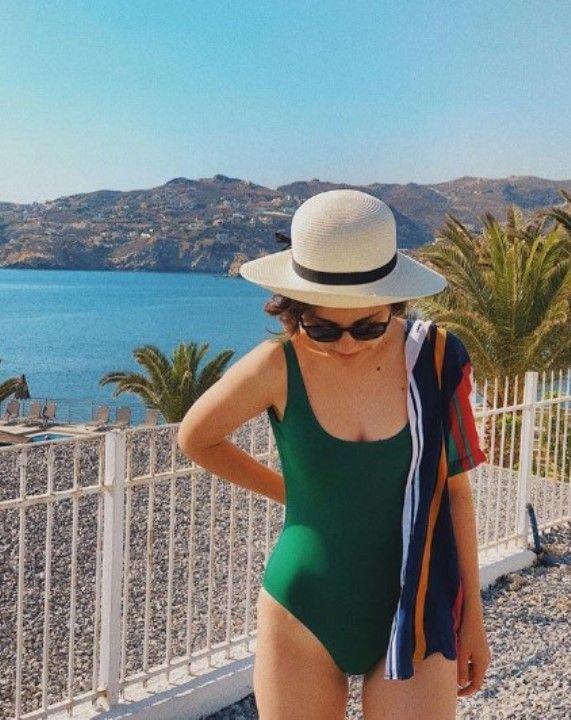 Ирина Чеснокова в купальнике