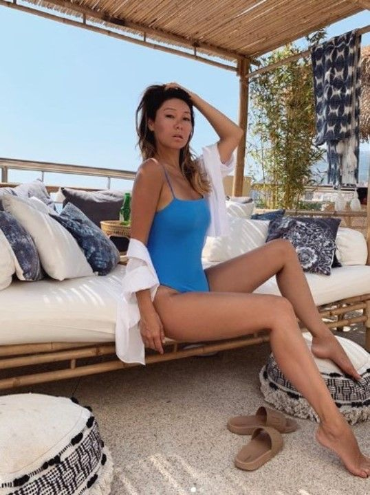 Марина Ким в купальнике