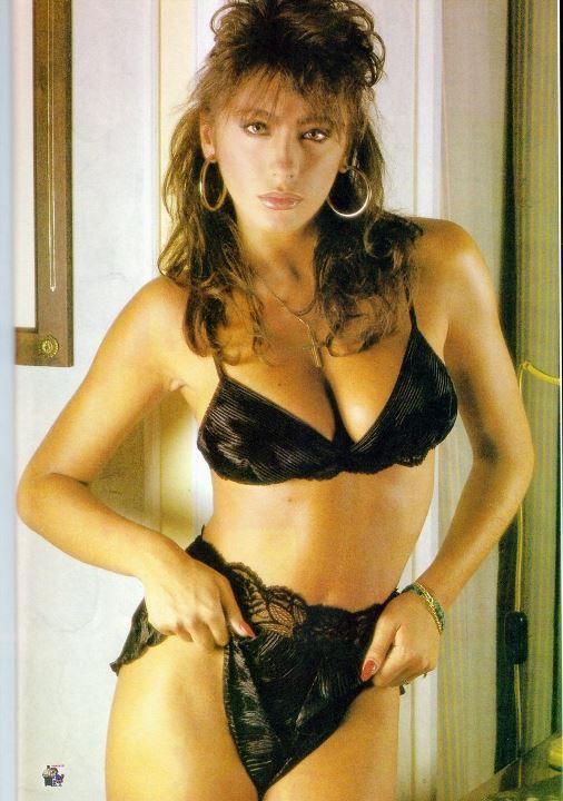 Сабрина Салерно в нижнем белье