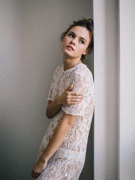 Ангелина Стречина в голом платье без лифчика