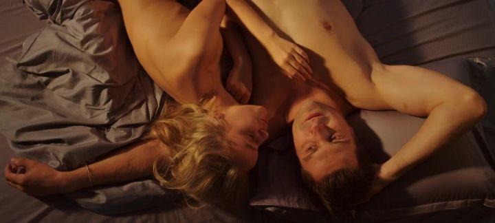 секс сцены Арины Постниковой