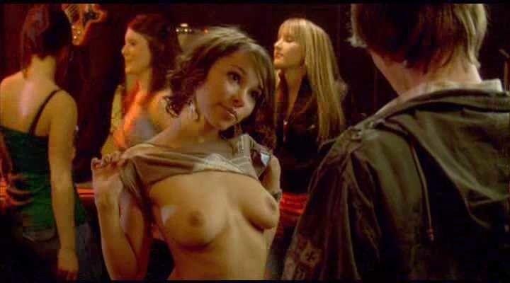 Джессика Паркер показала грудь