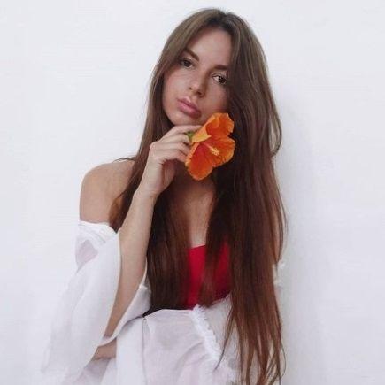 Алена Венум голая