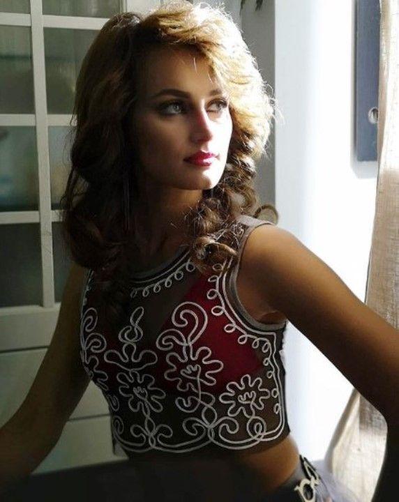 Алёна Коломина горячие фото