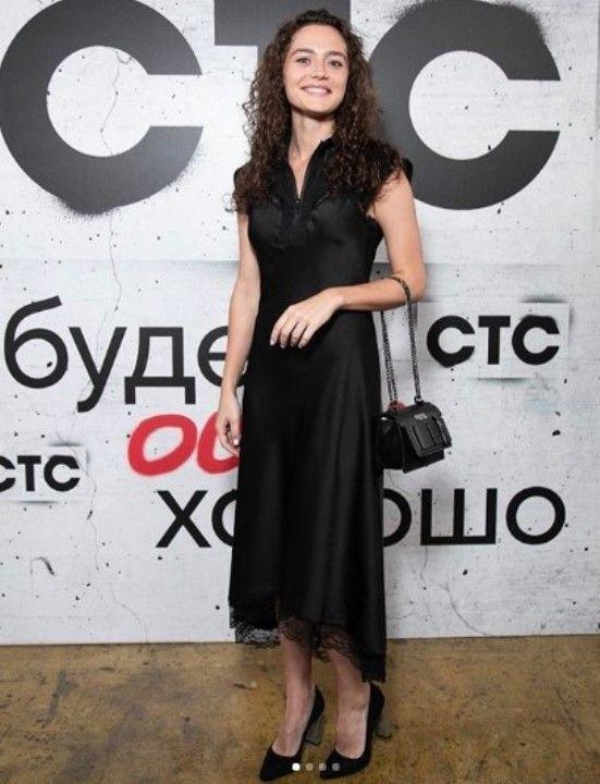 секси Ангелина Поплавская