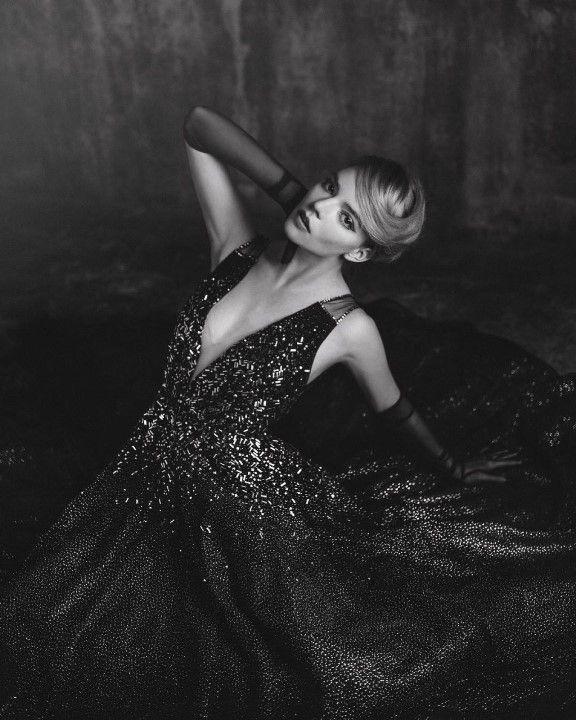 Аня Тейлор Джой в откровенном платье