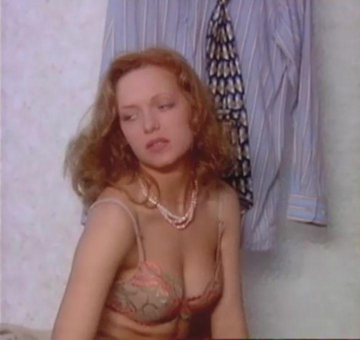 Дарья Лузина в лифчике