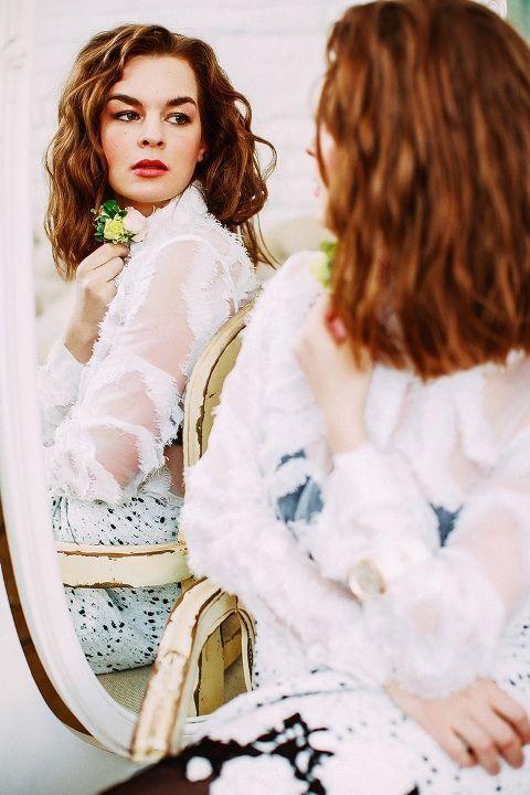 Дарья Урсуляк в прозрачном платье