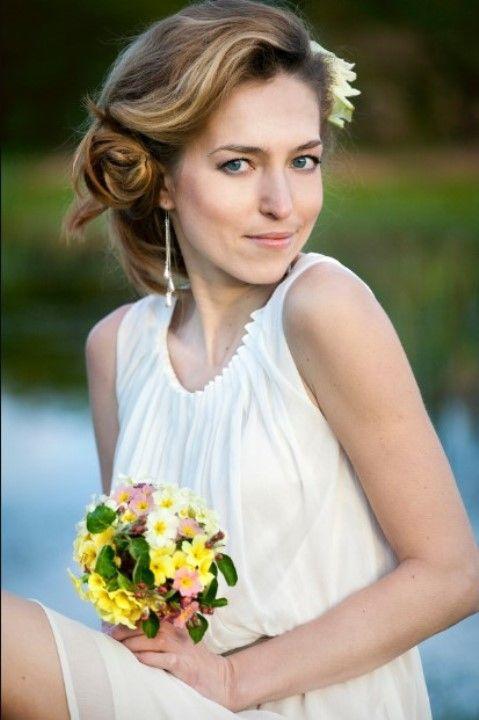 Елена Зеленская в легком платье