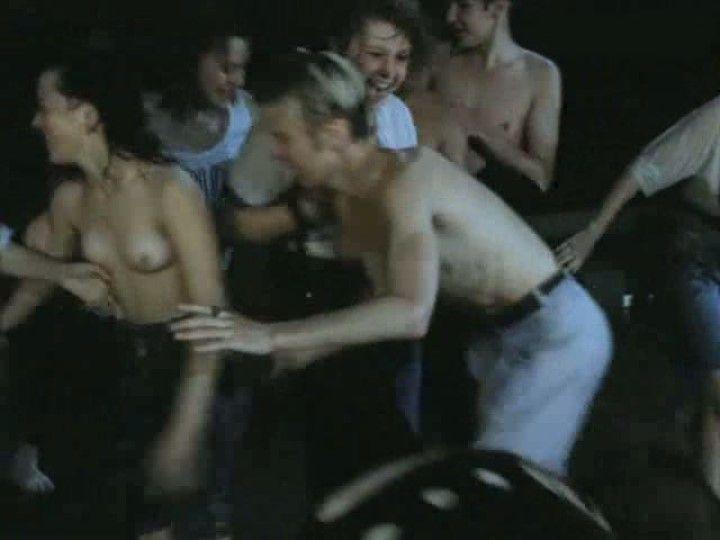 Ирина Шмелева в эротической сцене