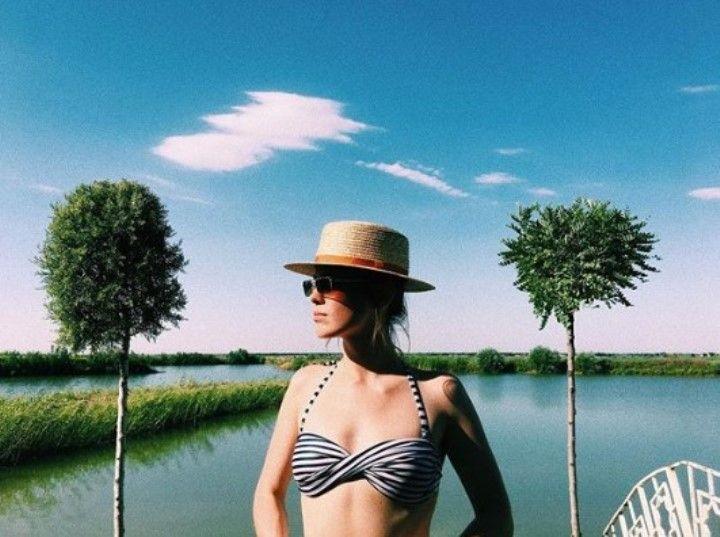 Кристина Борейко в купальнике