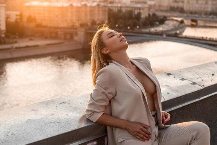 голая грудь Марии Соколовой