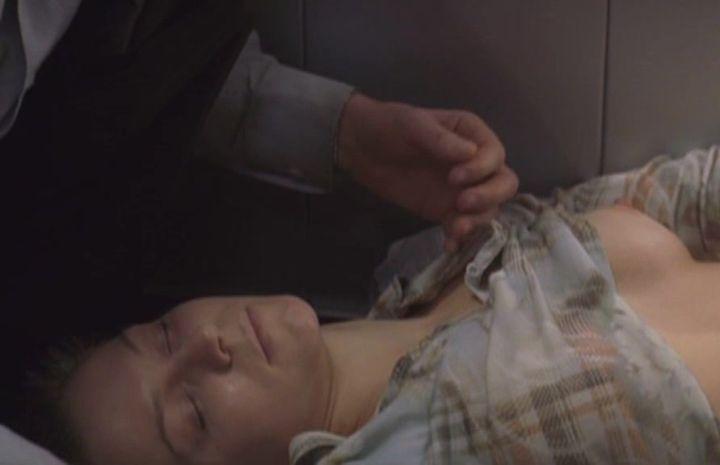 голая грудь Натальи Рычковой