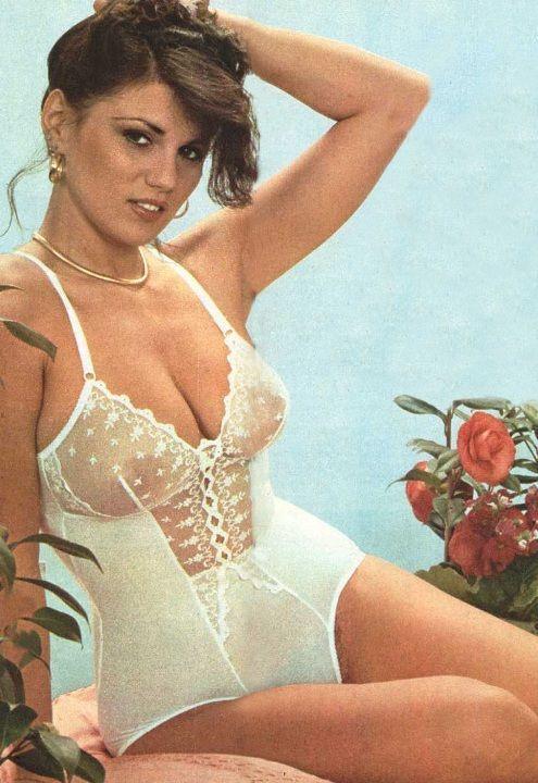Серена Гранди в нижнем белье