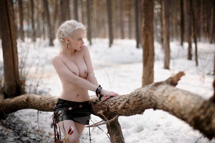 голая грудь Ульяны Тригубчак