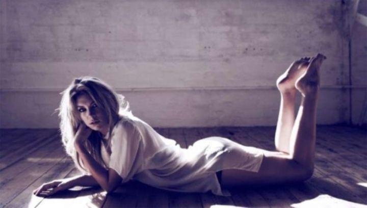Vanessa Kirby nude