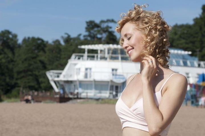 Юлия Маньковская в купальнике