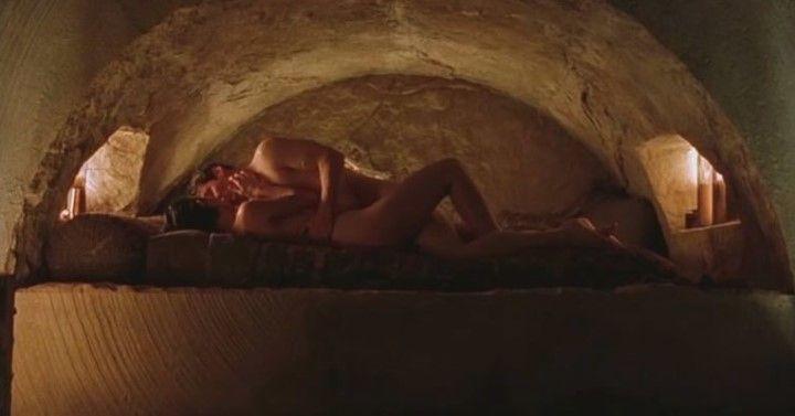 секс с Кэрри-Энн Мосс