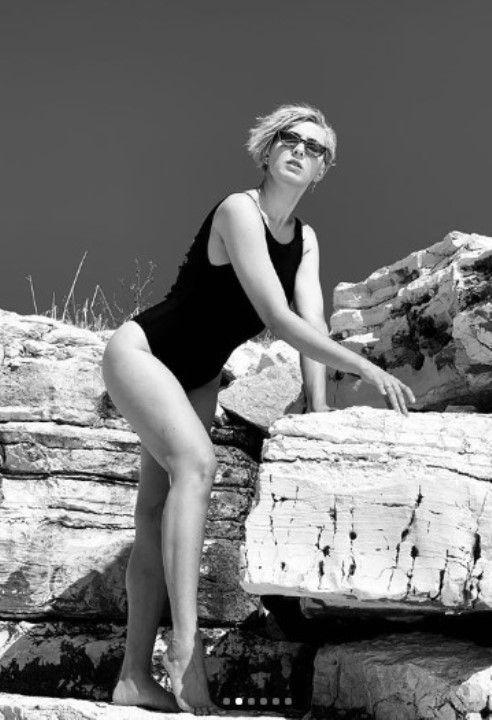 певица Маруф фото в купальнике