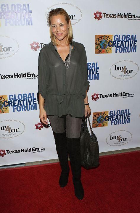 Мария Белло в прозрачной блузке без белья
