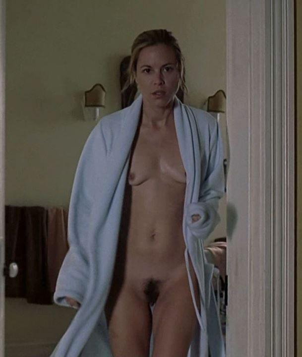 Maria Bello nude