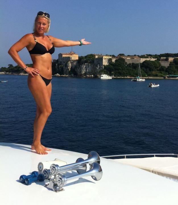 Наталья Рагозина в бикини