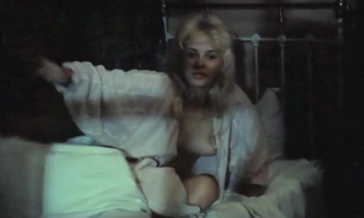 эротическая сцена с обнаженной Ольгой Машной