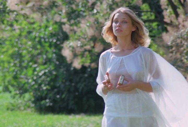 Ольга Машная в голом платье без лифчика