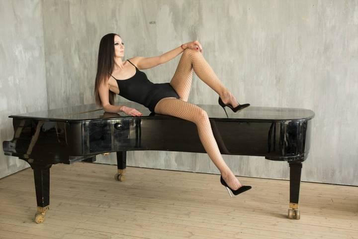 длинные ноги Екатерины Лисиной
