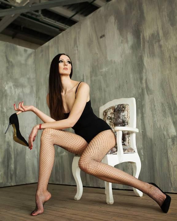 голые ножки Екатерины Лисиной