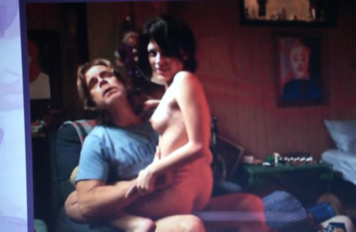 страстный секс Лауры Уиггинс в позе наездницы