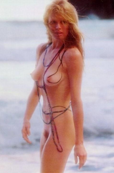 голая Ким Бейсингер в журнале Плейбой