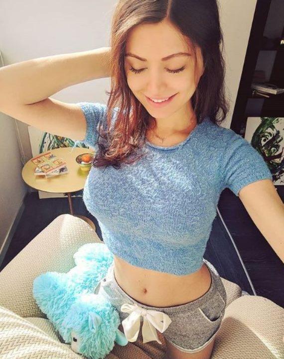 Nude mira_hs Mira Sorvino