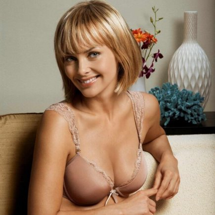 Izabella Scorupco hot